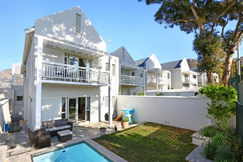 Property For Sale in Nieuwe Steenberg, Cape Town 1
