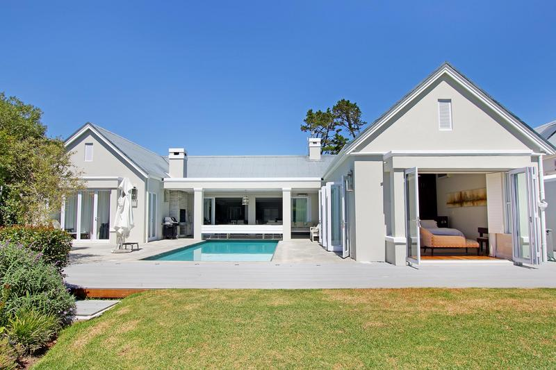 Property For Sale in Steenberg Golf Estate, Cape Town 1