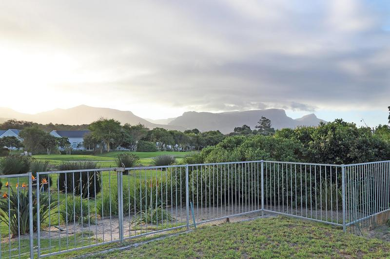 Property For Sale in Steenberg Golf Estate, Cape Town 3