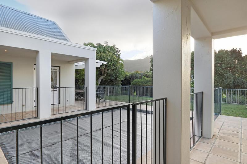 Property For Sale in Steenberg Golf Estate, Cape Town 24