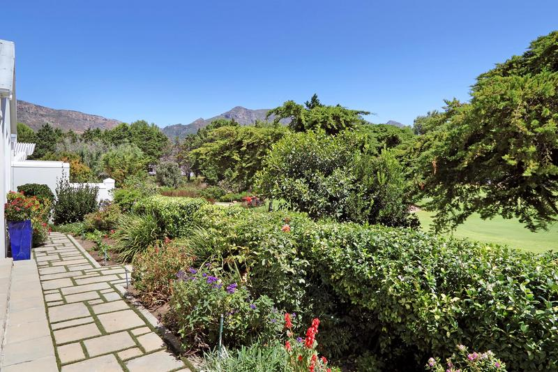 Property For Sale in Steenberg Golf Estate, Cape Town 9