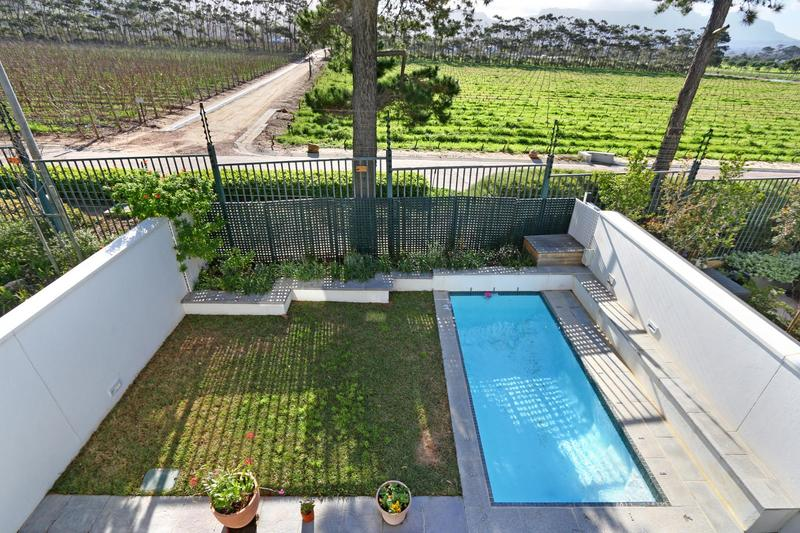 Property For Sale in Nieuwe Steenberg, Cape Town 20
